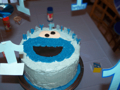 Cookie Monster Cake @EclecticEveryday