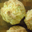 Garlic Cheddar Biscuits by EclecticRecipes.com #recipe