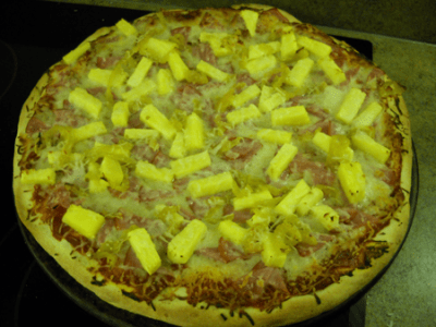 Canadian Bacon, Pineapple, and Banana Pepper Pizza by EclecticRecipes.com #recipe