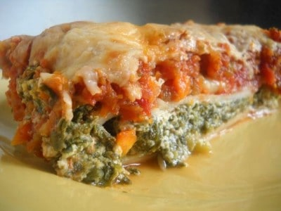 Easy Spinach Manicotti by EclecticRecipes.com #recipe