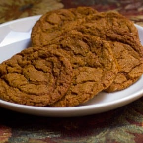 Chewy Molasses Spice Cookies @EclecticEveryday