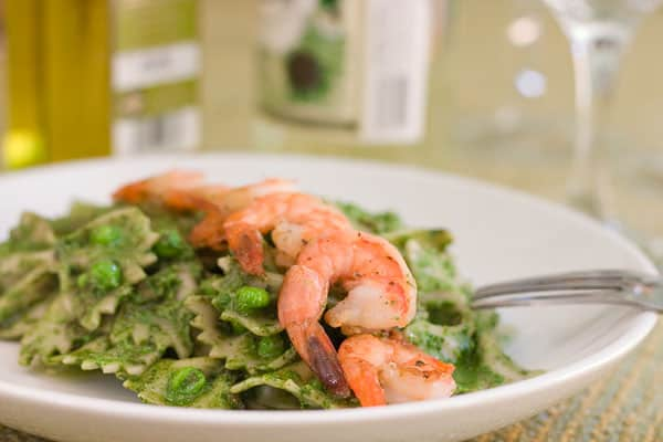 Spinach Basil Pesto Pasta and Shrimp by EclecticRecipes.com #recipe