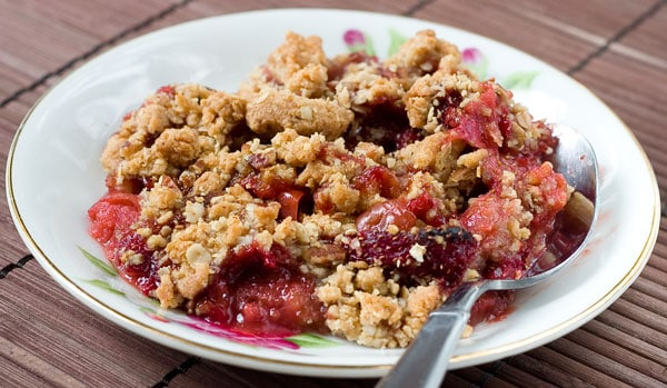 Strawberry Rhubarb Crisp with Oat Pecan Crumb by EclecticRecipes.com #recipe