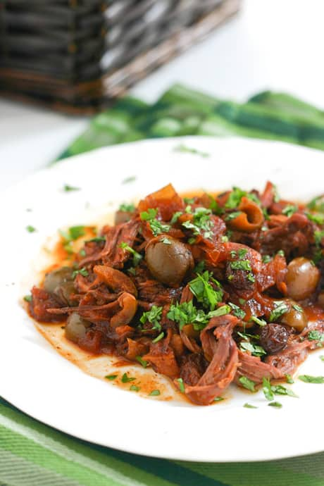 Crockpot Pot Roast by EclecticRecipes.com #recipe