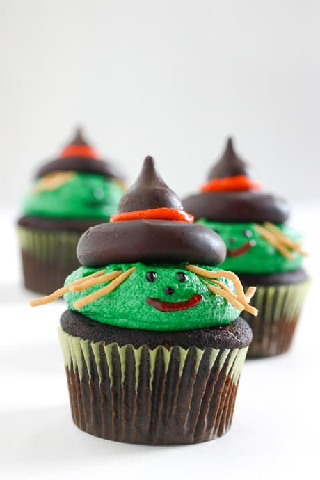 Witch Cupcakes @EclecticEveryday