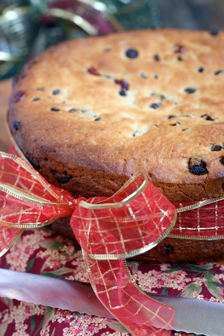 Panettone Recipe by EclecticRecipes.com #recipe