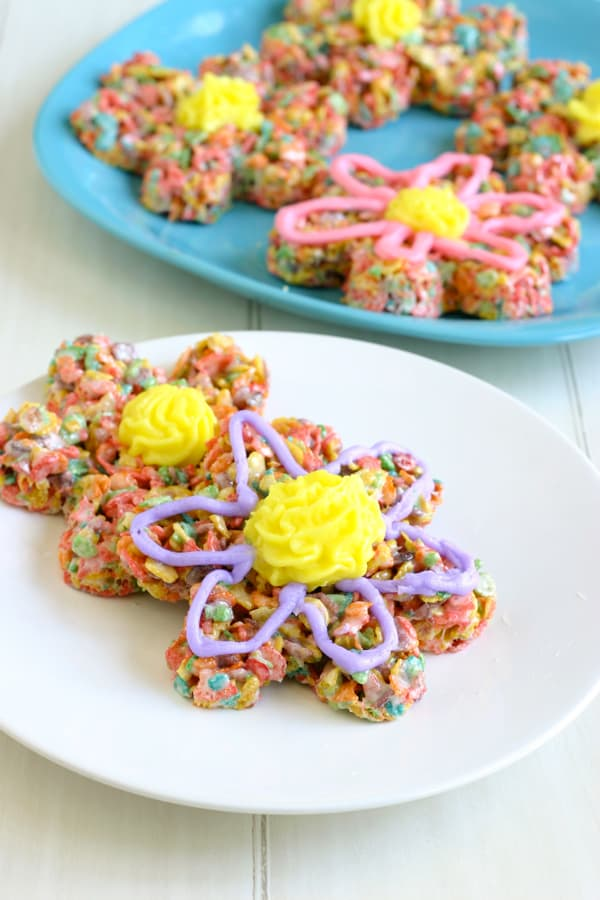 Springtime Flower Treats by EclecticRecipes.com #recipe
