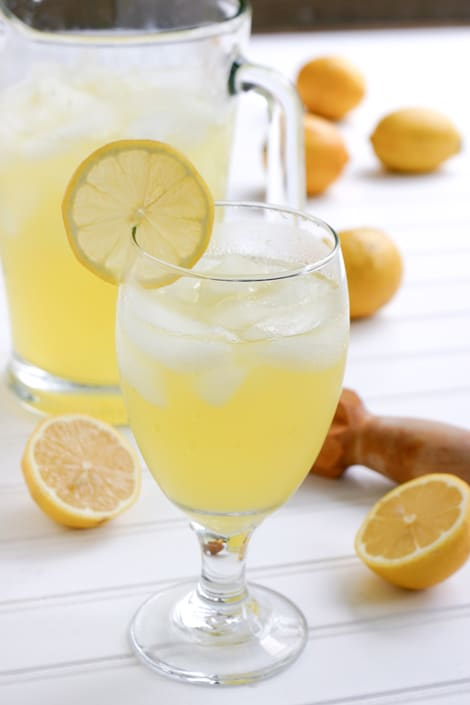 The Best Ever Lemonade Recipe by EclecticRecipes.com #recipe