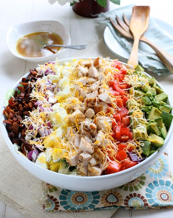 Classic Cobb Salad with Red Wine Lemon Vinaigrette by EclecticRecipes.com #recipe