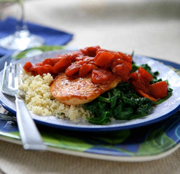 Balsamic Chicken with Baby Spinach by EclecticRecipes.com #recipe
