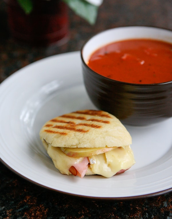 Ham Brie and Apple Paninis by EclecticRecipes.com #recipe