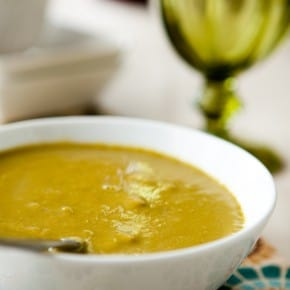 Creamy Asparagus Soup @EclecticEveryday
