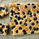Roasted Garlic and Olive Focaccia by EclecticRecipes.com #recipe