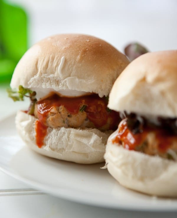 Buffalo Chicken Ranch Sliders by EclecticRecipes.com #recipe