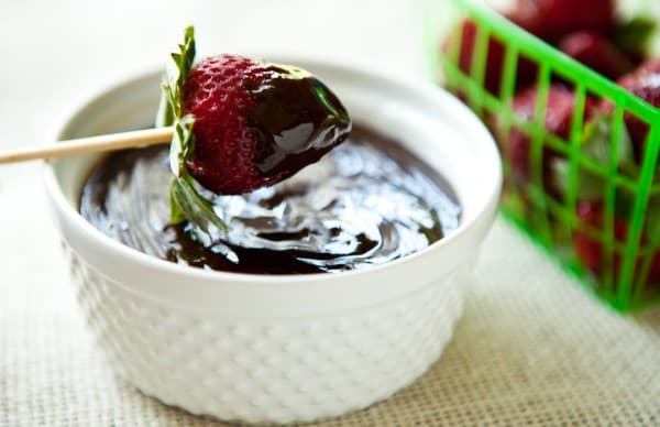 Slow Cooker Chocolate Fondue by EclecticRecipes.com #recipe