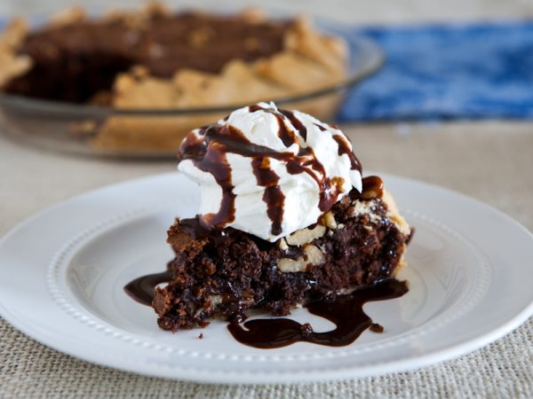 Chocolate Chunk Walnut Cookie Pie by EclecticRecipes.com #recipe