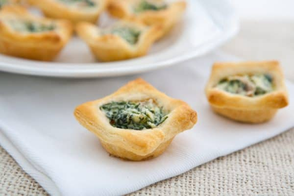 Mushroom and Spinach Tartlets @EclecticEveryday