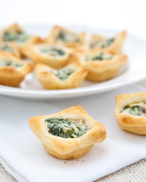Mushroom and Spinach Tartlets by EclecticRecipes.com #recipe
