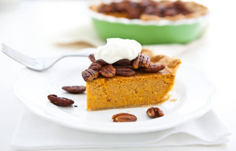 Eclectic Recipes » Sweet Potato Pie with Maple Candied Pecans