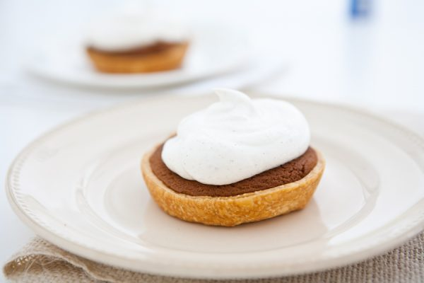 Mini Gingerbread Cookie Pies with Spiced Cream by EclecticRecipes.com #recipe