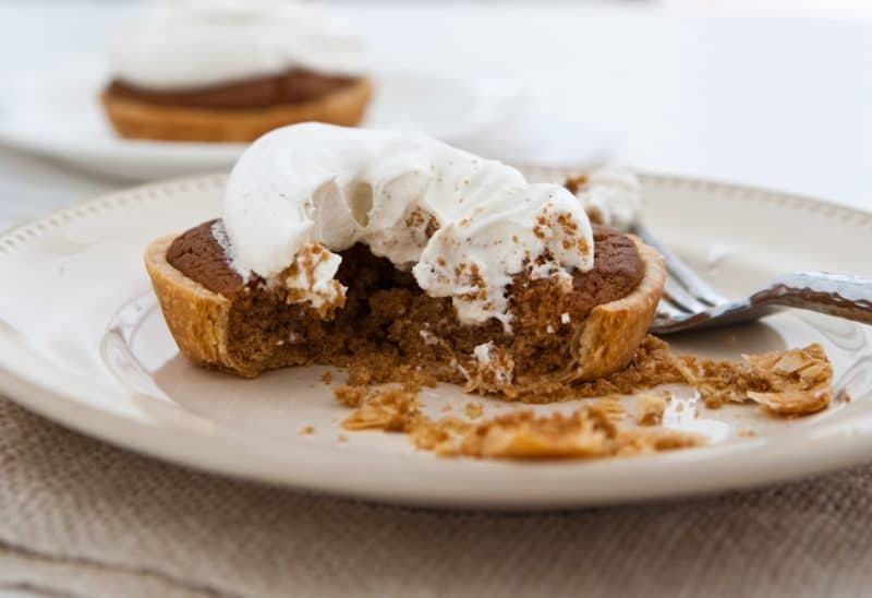 Eclectic Everyday » Mini Gingerbread Cookie Pies with Spiced Cream