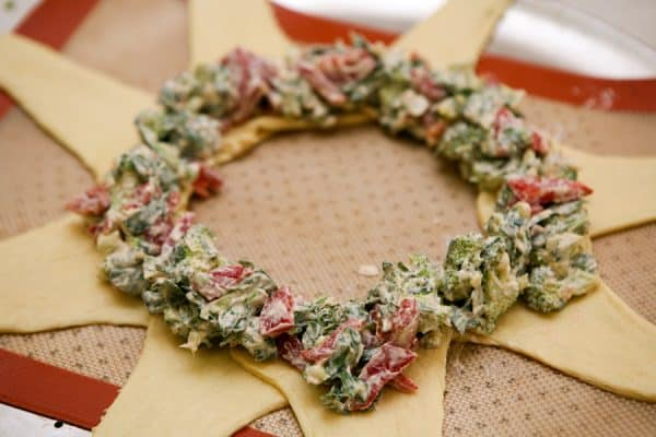 Crescent Wreath @EclecticEveryday