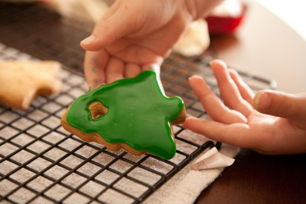 Edible Christmas Ornaments by EclecticRecipes.com #recipe
