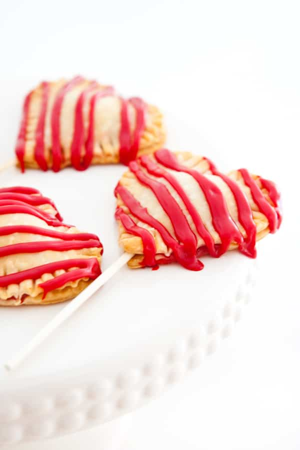 Eclectic Recipes » Heart Shaped Pie Pops