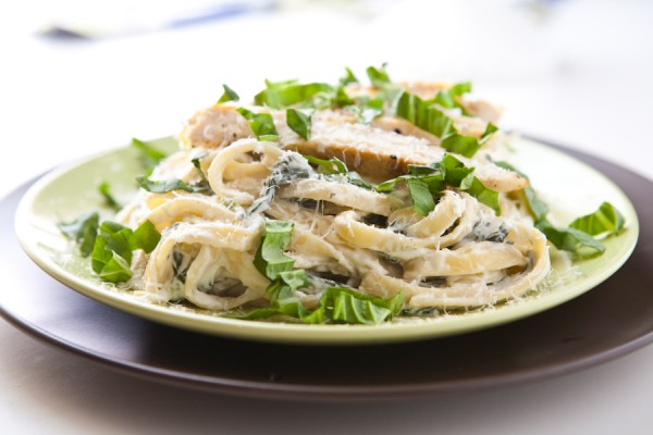 Ranch Chicken Fettuccine Alfredo by EclecticRecipes.com #recipe