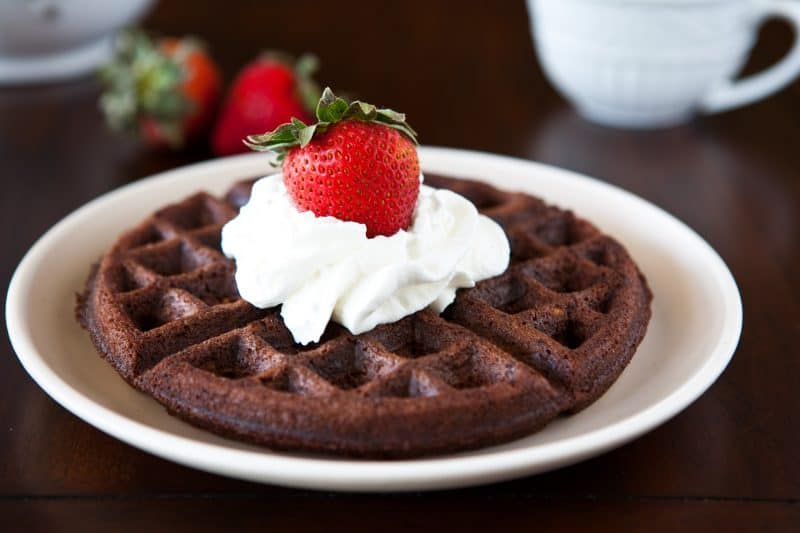 ... some decadent chocolate for breakfast? Try my Brownie Batter Waffles