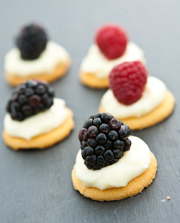 White Chocolate Cream Cheese Berry Bites by EclecticRecipes.com #recipe