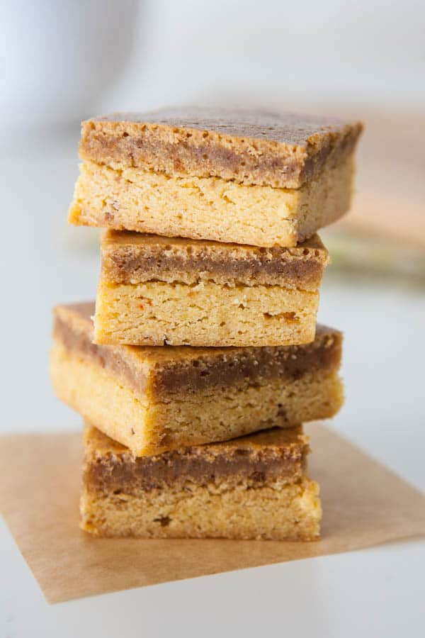 Gooey Biscoff Butter Cake by EclecticRecipes.com #recipe