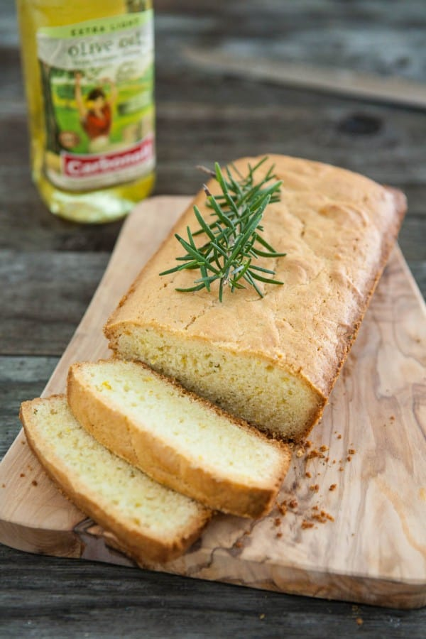 Orange & Olive Oil Quick Bread with Rosemary @EclecticEveryday