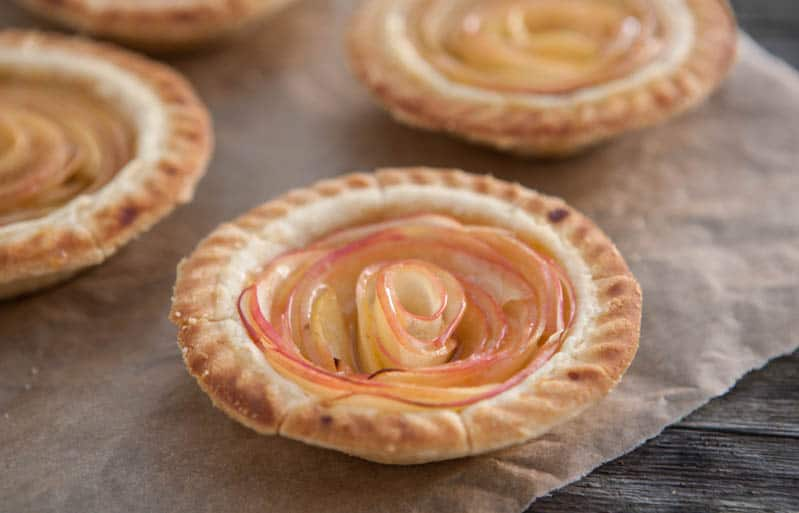 how to make rose apple pie