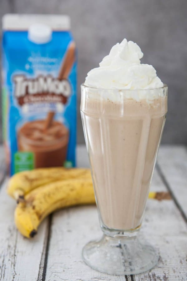 Chocolate Peanut Butter Banana Milkshake @EclecticEveryday