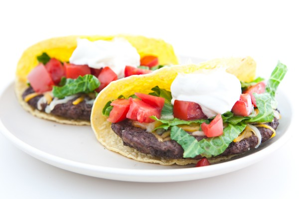 Cheeseburger Tacos @EclecticEveryday