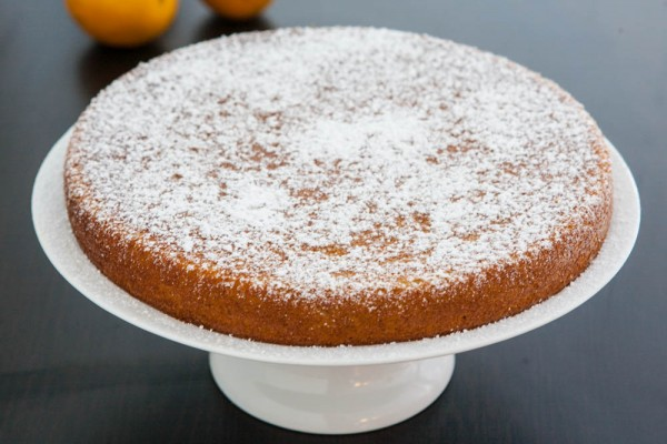 Orange Almond Cake @EclecticEveryday