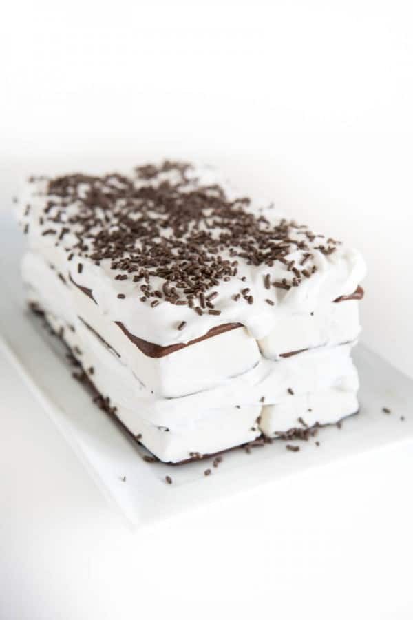 Ice Cream Sandwich Cake @EclecticEveryday