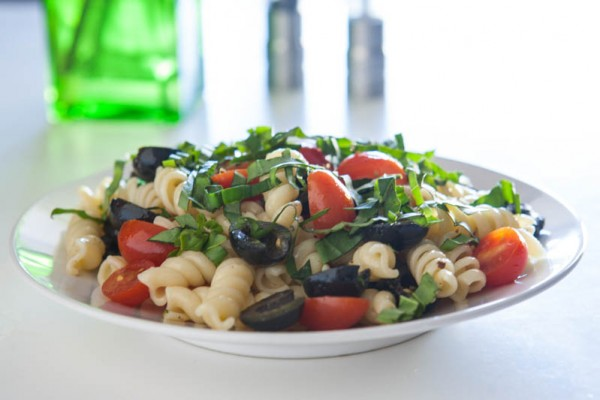 {Giveaway} Tomato and Olive Rotini @EclecticEveryday