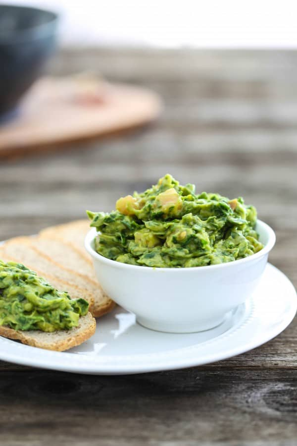 Eclectic Recipes » Spinach Avocado Dip