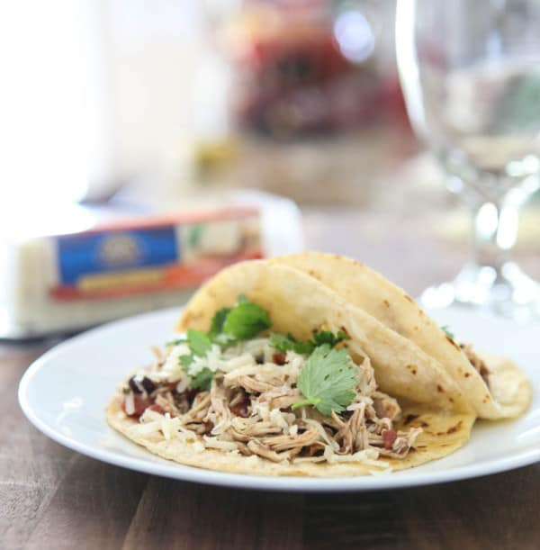 Slow Cooker Fiesta Chicken and a Giveaway @EclecticEveryday