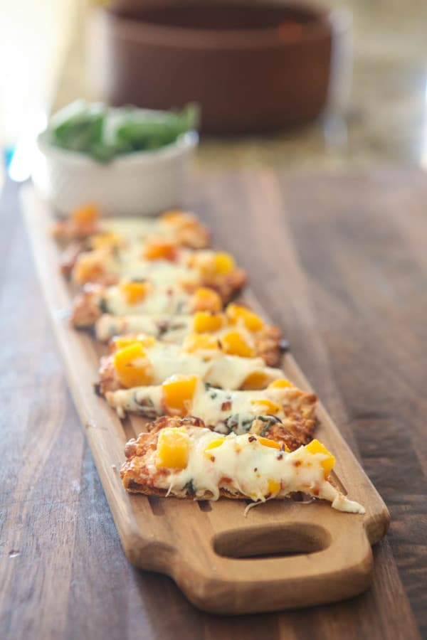 Harvest Appetizer Pizza @EclecticEveryday
