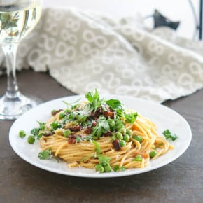 Bacon and Pea Carbonara @EclecticEveryday