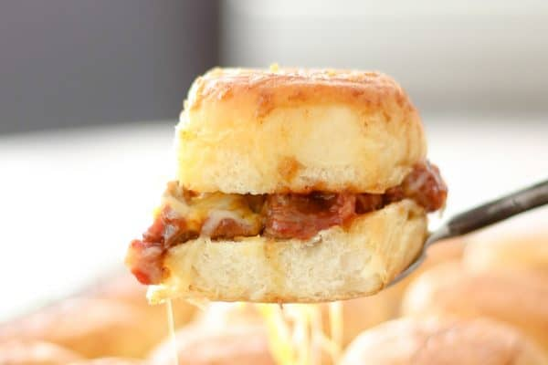 Cheesy Baked BBQ Sliders @EclecticEveryday