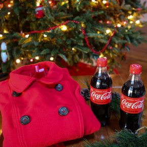 Layer the Love this Holiday Season with Coca Cola™ @EclecticEveryday