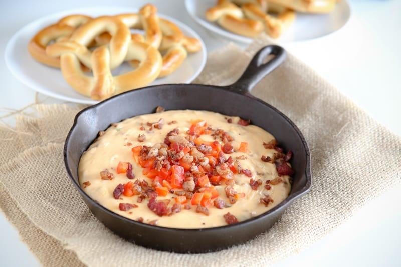Bacon Beer Cheese Dip and SUPERPRETZEL SOFT PRETZELS @EclecticEveryday