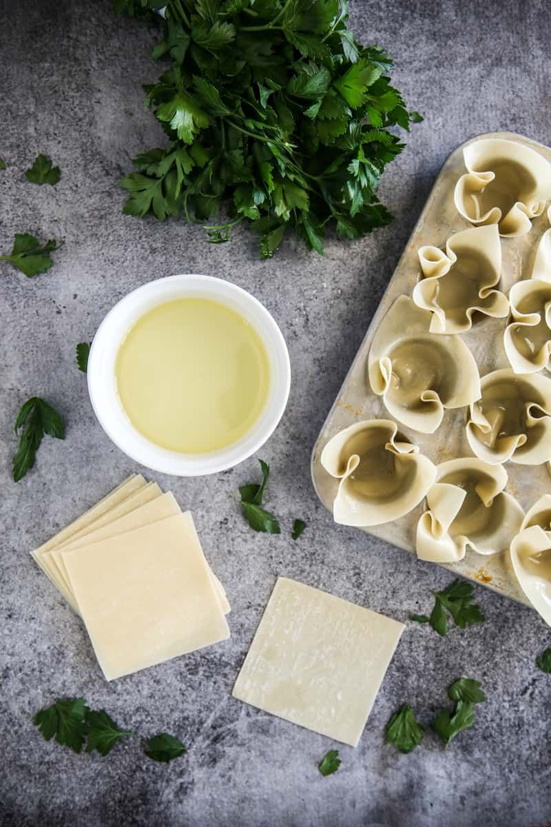 Crab Wonton Appetizer Cups @EclecticEveryday