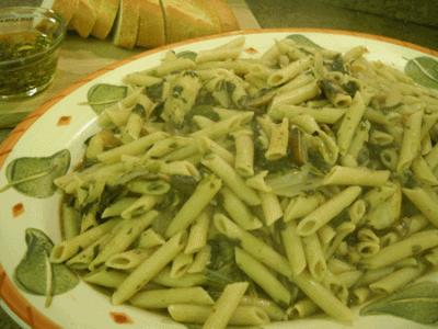 chicken marsala pasta in bowl
