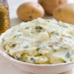 Mashed Potatoes with Sour Cream and Chives @EclecticEveryday