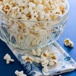 Old Fashioned Movie Theater Popcorn @EclecticEveryday